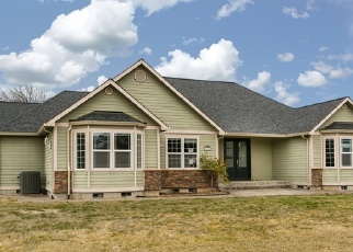 Foreclosed Home in LA PORTE DR, Eugene, OR - 97402