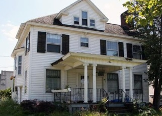 Foreclosed Home en SUNSET AVE, Utica, NY - 13502