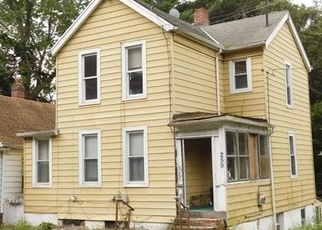 Foreclosed Home en GIDNEY AVE, Newburgh, NY - 12550