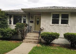 Foreclosure Home in Lansing, IL, 60438,  COMMUNITY ST ID: F4337355