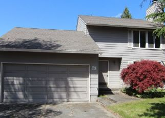 Foreclosed Home in NW DARNIELLE ST, Hillsboro, OR - 97124