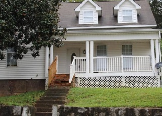 Foreclosed Home in W 2ND AVE, Lenoir City, TN - 37771
