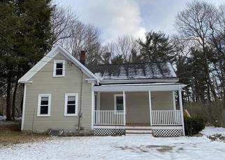 Foreclosed Home in CEDAR ST, Amesbury, MA - 01913