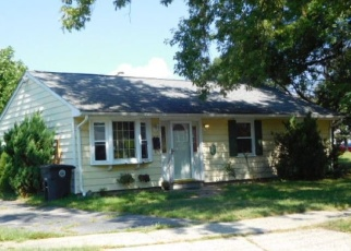 Foreclosed Home in SEAFLOWER RD, Milford, CT - 06460