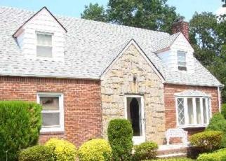 Foreclosed Home in E MARSHALL ST, Hempstead, NY - 11550