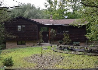 Foreclosed Home en WHITEWOOD RD, Brecksville, OH - 44141