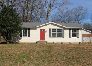 Foreclosed Home in JULIE DR, Clarksville, TN - 37042