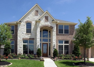 Foreclosed Home in WOLFS HILL LN, Katy, TX - 77494