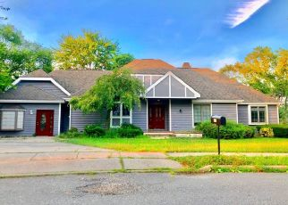 Foreclosed Home in CLARK DR, Brick, NJ - 08724