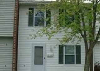 Foreclosed Home in KAYAK CT, Newark, DE - 19702