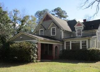 Foreclosed Home en W DENNIS AVE, Nashville, GA - 31639