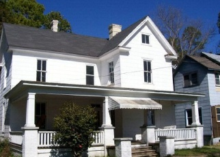 Foreclosed Home in 1ST ST, Elizabeth City, NC - 27909