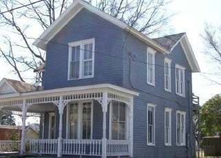 Foreclosed Home in W BURGESS ST, Elizabeth City, NC - 27909