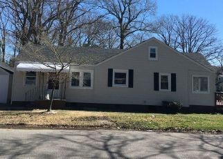 Foreclosed Home en HUGHES AVE, Chesapeake, VA - 23324