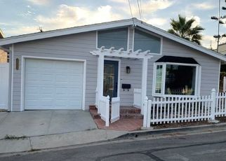 Foreclosed Home en EL CONTENTO DR, Dana Point, CA - 92629