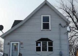 Foreclosed Home en BLUFF ST, Beloit, WI - 53511