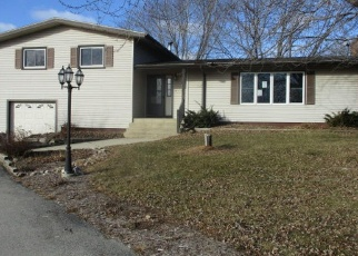 Foreclosed Home en FOREST HOME AVE, Mukwonago, WI - 53149