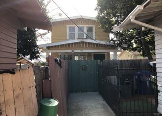 Foreclosed Home en E 40TH PL, Los Angeles, CA - 90011