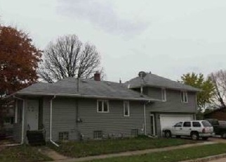 Foreclosed Home en KNAPP ST, Oshkosh, WI - 54902