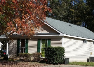 Foreclosed Home in HERONWOOD LN, Charlotte, NC - 28227