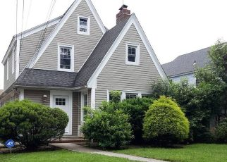Foreclosed Home in SUNSET DR, Hempstead, NY - 11550