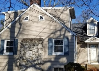 Foreclosed Home in E 8TH AVE, Clementon, NJ - 08021