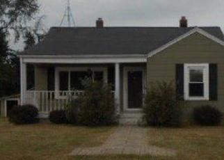 Foreclosed Home en US HIGHWAY 29, Chatham, VA - 24531