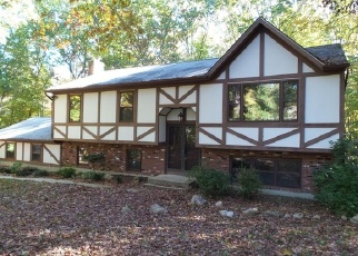 Foreclosed Home en ORTEGA DR, Oakdale, CT - 06370