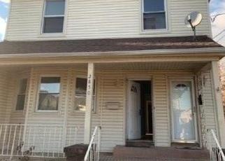 Foreclosed Home en DAVIS ST, Oceanside, NY - 11572