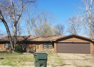 Foreclosed Home in BUFFINGTON CT, Little Rock, AR - 72209
