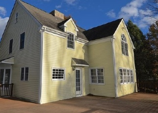 Foreclosed Home in PINE HILL RD, New Fairfield, CT - 06812
