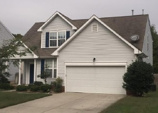 Foreclosed Home en QUEENSBURY LN, Williamsburg, VA - 23185