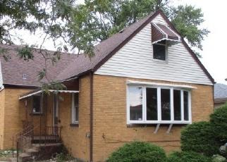 Foreclosed Home en ERNST ST, Franklin Park, IL - 60131