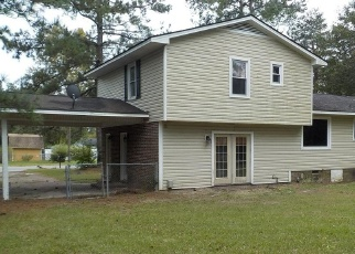 Foreclosed Home in RANNOCK DR, Fayetteville, NC - 28304