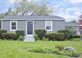 Foreclosed Home in NOBLE AVE, Westfield, MA - 01085