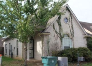Foreclosed Home in FALLING BARK DR, Memphis, TN - 38134