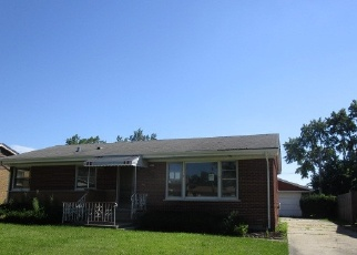 Foreclosed Home en N MAPLE DR, Chicago Heights, IL - 60411