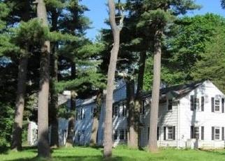 Foreclosed Home en JERICHO TPKE, Old Westbury, NY - 11568