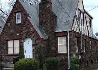 Foreclosed Home en IVY ST, West Hempstead, NY - 11552