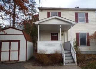 Foreclosed Home en FINNERAN LN, Pine Bush, NY - 12566