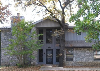Foreclosed Home in MOUNTAIN DR, Bartlesville, OK - 74003