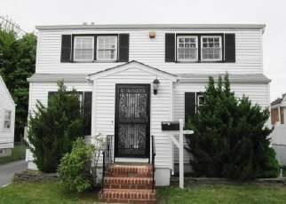 Foreclosed Home en LEHMAN RD, West Hempstead, NY - 11552
