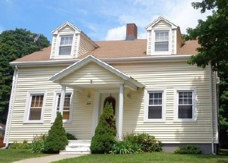 Foreclosed Home in N MAIN ST, Manchester, CT - 06042