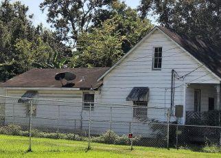 Foreclosed Home in ROSIER ST, New Iberia, LA - 70563