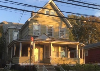 Foreclosed Home en NICHOLAS AVE, Staten Island, NY - 10302