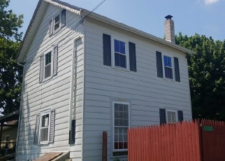 Foreclosed Home en PHEASANT DR, Northampton, PA - 18067
