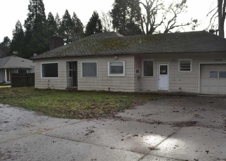 Foreclosed Home in E ELLENDALE AVE, Dallas, OR - 97338