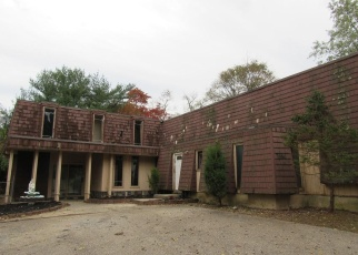 Foreclosed Home in FORT PLAINS RD, Howell, NJ - 07731