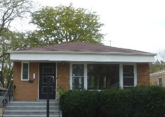 Foreclosed Home en S SAGINAW AVE, Chicago, IL - 60633