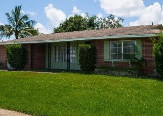 Foreclosed Home en SE SAN IGNACIO LN, Port Saint Lucie, FL - 34952